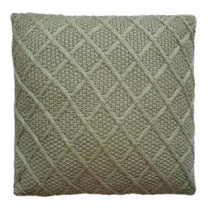 כרית פינוק סרוגה דגם יהלום בירוק זית