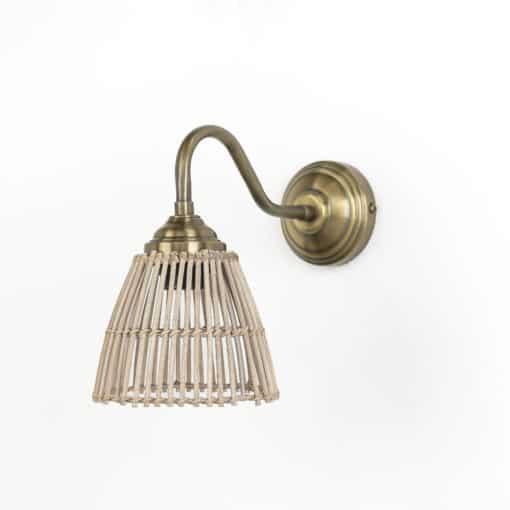 מנורת קיר ראטן דגם 1